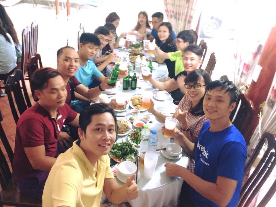 Du khách vui chơi tại Thanh Lâm