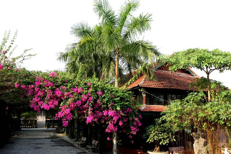 khách sạn gần đền hùng